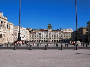 Piazza_Unità_(Trieste)1